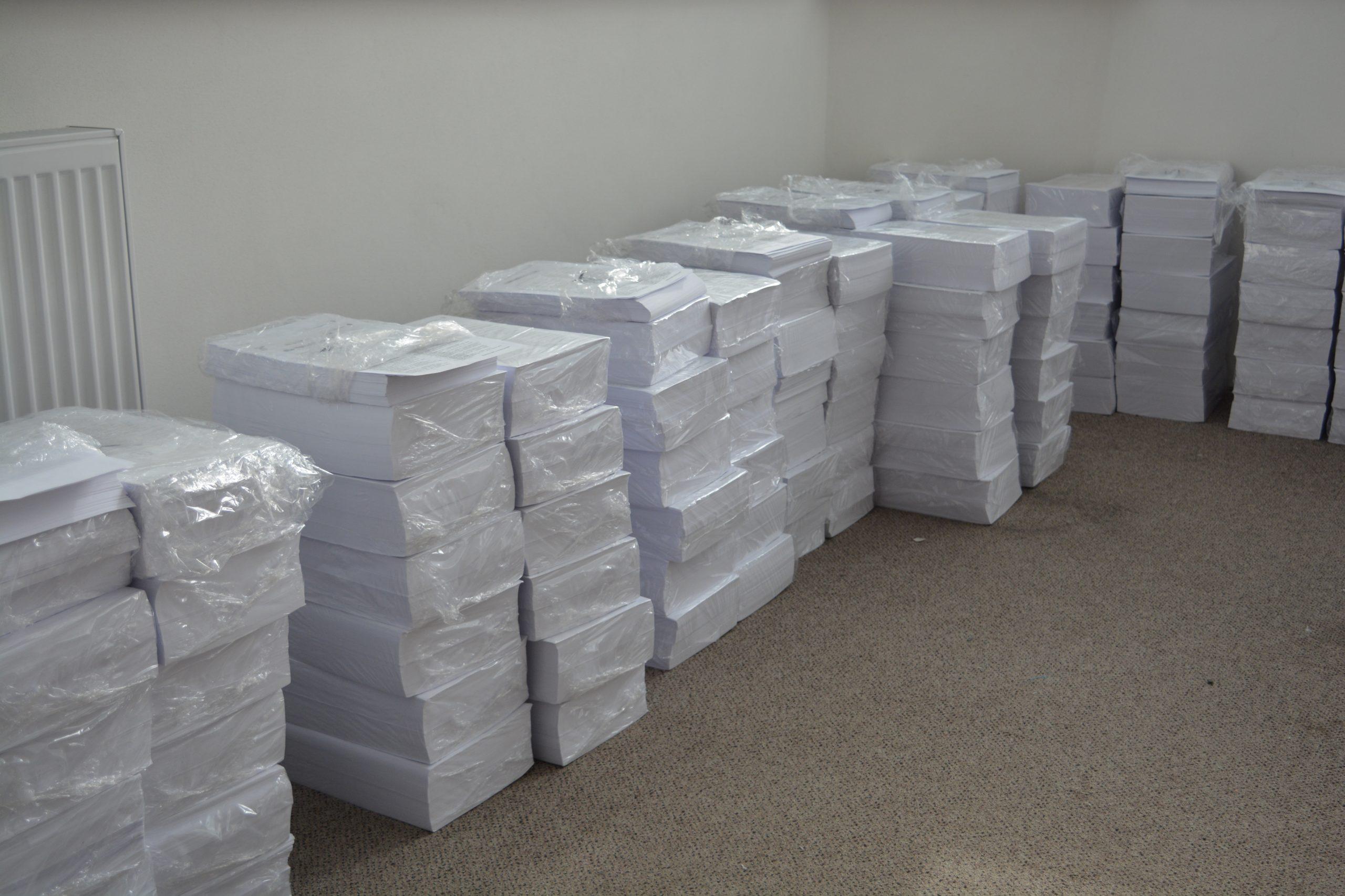 Jeden a pol tony vážia hlasovacie lístky v Detve